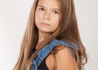 Anna-Agenzia modelle bimbi Brescia